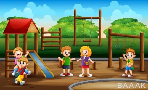 مجموعه تصاویر بچهها در حال بازی کردن در زمین بازی مدرسه