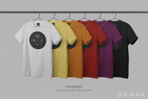 موکاپ تی شرت های جذاب و رنگارنگ به همراه رگال لباس