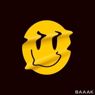 ایموجی لبخند زرد  با پس زمینه ی مشکی مناسب لوگو پوستر و استیکر