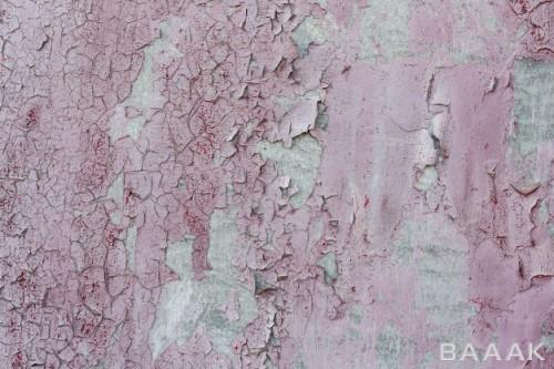 پس زمینه فلزی صورتی رنگ به همراه خراش و پوسیدگی