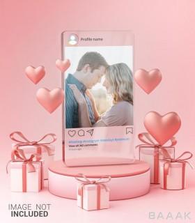 موکاپ پست اینستاگرام شیشه ای با موضوع ولنتاین به همراه باکس و شکل های قلب