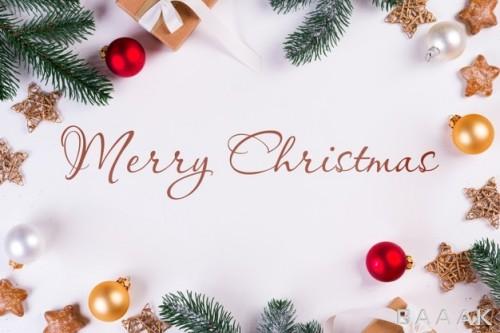 موکاپ کریسمس با شاخه های درخت